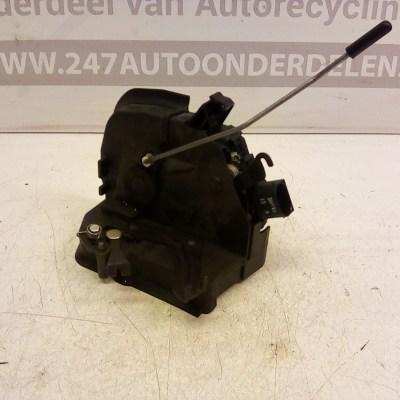 8 253 433 9 Deurslot mechaniek Rechts BMW 3 Serie E46 Compact 2001 7 Polig