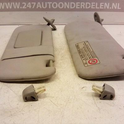 Zonneklep Links En Rechts Toyota Corolla E12 3 Deurs 2001-2007