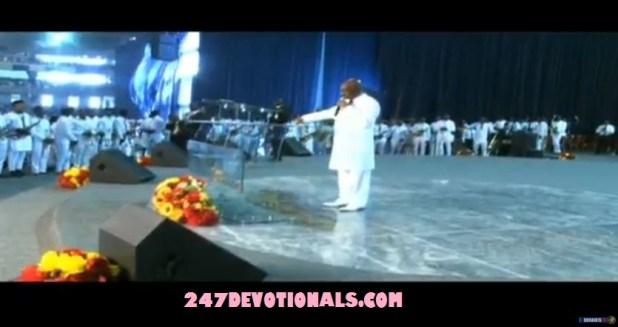 Oyedepo Prays on Glory Dome Alter