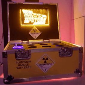 Bedrijfsfeest, thema, Back to the future, plutoniumkoffer, bttf museum