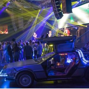 Bedrijfsfeest, thema, Back to the future