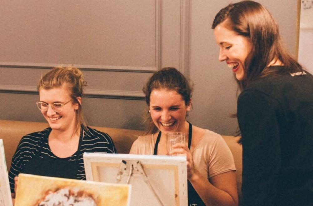 Schilder workshop organiseren als bedrijfsuitje of teambuilding.4