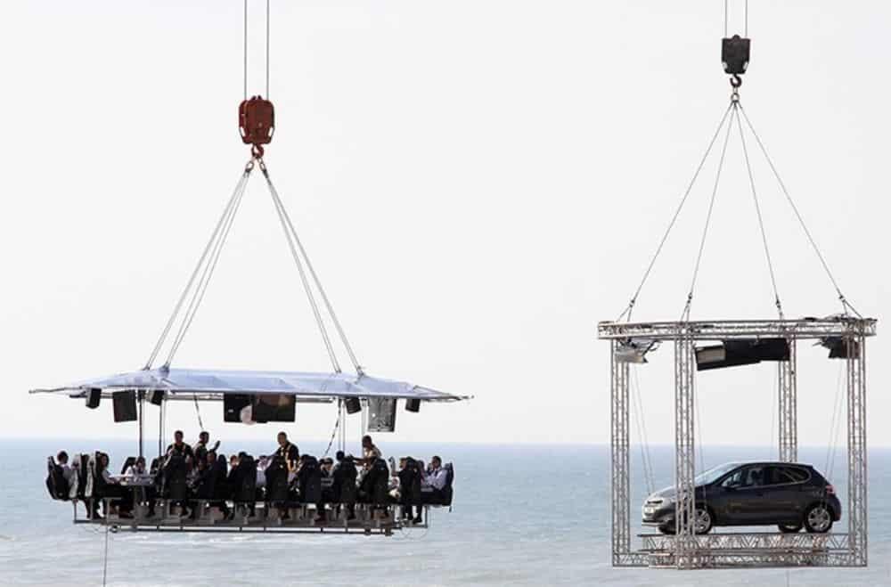 Evenement in de lucht een unieke presentatie of kick off organiseren