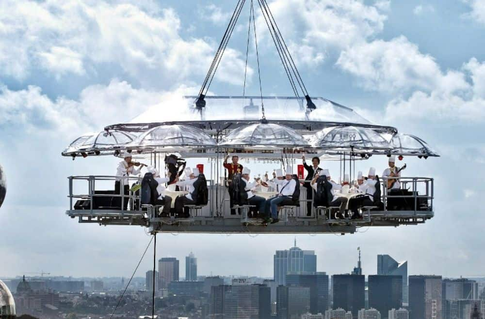 Evenement in de lucht platform van Lounge in the Sky dineren met 4 personen op 60 meter hoogte