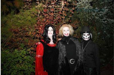 Halloween feest organiseren groepsfoto 4