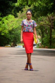 LOOKING SIMPLE AND STYLISH FOR CHURCH – LADIES (PHOTOS)