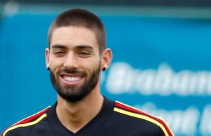 Yannick Carrasco transfer: Dalian Yifang name price for Arsenal target – Mirror Online