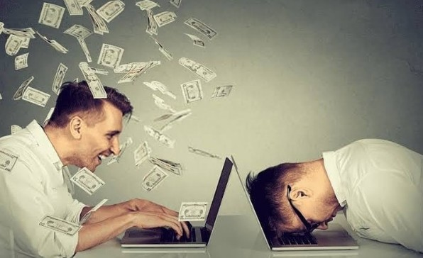 How to make money from home in UAE