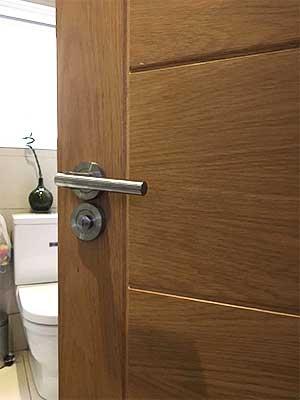 Bathroom Door Locksmith  247 London Locksmith