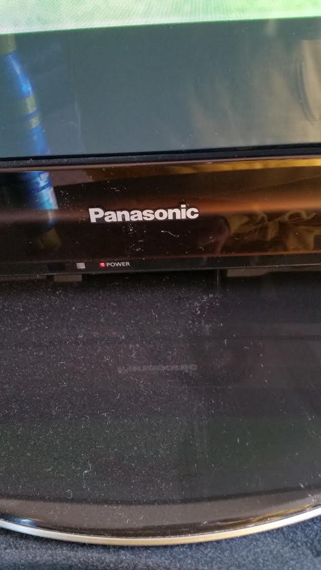 Pledge Cleans Electronics