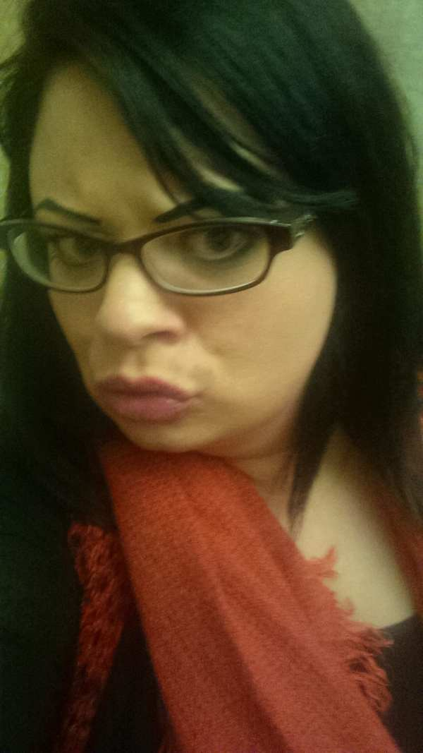 joelle and glasses