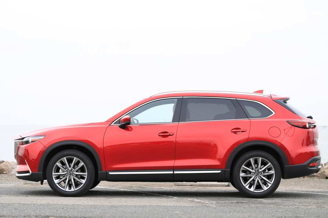 Mazda CX-9 Review Side View