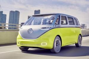Bulli revine! Volkswagen va produce I.D. Buzz din 2022