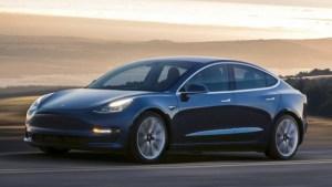 Tesla darama ultimul paravan dupa care se ascundeau liderii companiilor auto traditionale