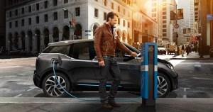 BMW amana productia de masa a automobilelor electrice pentru 2020
