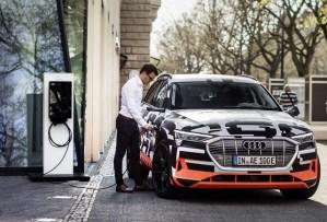 Audi conecteaza automobilul electric cu casa