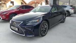 Scurta incursiune in lumea hibrizilor premium de la Lexus