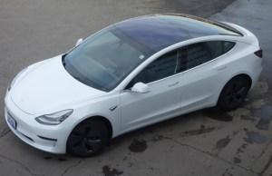 Tesla Model 3 domina, in luna martie, vanzarile de masini electrice in Europa si SUA