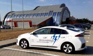 Cu Hyundai Ioniq electric in vizita la ATA – Academia Titi Aur
