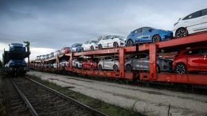 Piața auto din România începe anul 2021 cu o scădere de peste 50%!