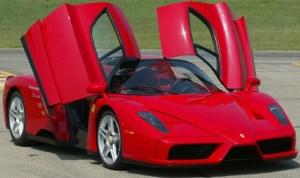 Al doilea exemplar Ferrari Enzo, scos la vânzare la peste 2 milioane de euro