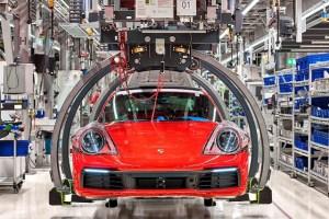 Prime de aproape 10.000 de euro pentru angajații Porsche