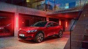 Ford anunță disponibilitatea sportivei electrice Mustang Mach-E pe piața europeană, din 2021