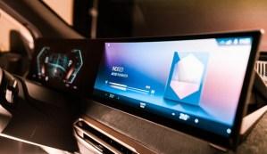 BMW prezintă în avanpremieră, la CES 2021, noua generație a sistemului iDrive