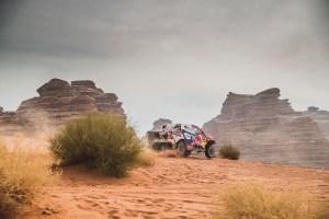 Dakar 2021: Peterhansel scrie istorie