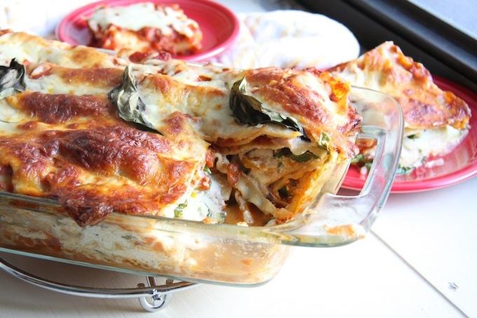 Lightened Up Vegetable Lasagna // 24 Carrot Life #healthy #vegetarian