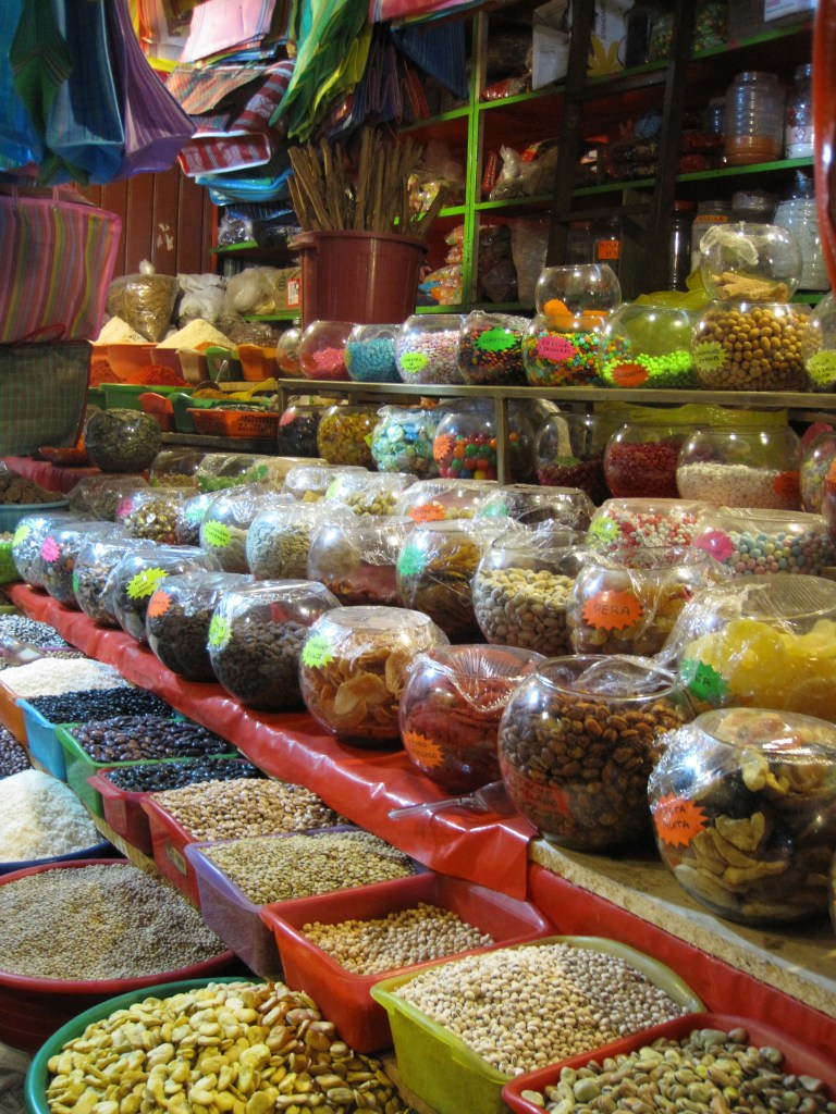 Oaxaca Food Market I 24 Carrot Life