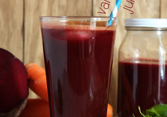 Vampire Fruit and Vegetable Juice (without using any fancy equipment) // 24 Carrot Life