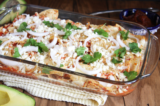 Red Salsa Chilaquiles + Cinco de Mayo Recipe Roundup // 24 Carrot Life #mexican #cincodemayo #chilaquiles