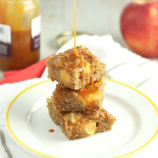 Caramel Apple Blondies (+ a VIDEO!!)