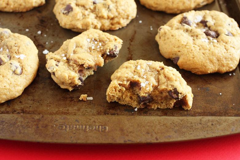 Sea Salt Chocolate Chip Cookies // 24 Carrot Life #cookies #HolidayRemix #NestleTollHouse #sponsored