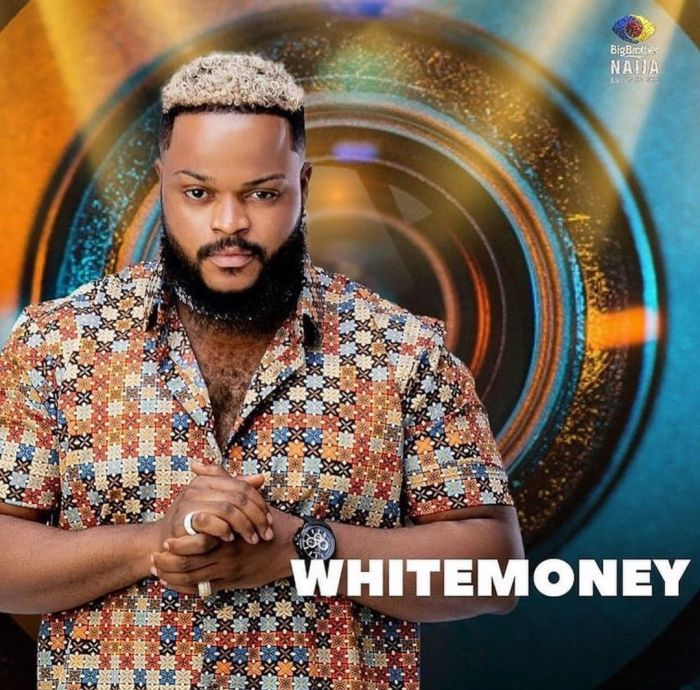 #BBNaija: Man Spotted Campaigning For Whitemoney On The Streets Of Lagos (Video)