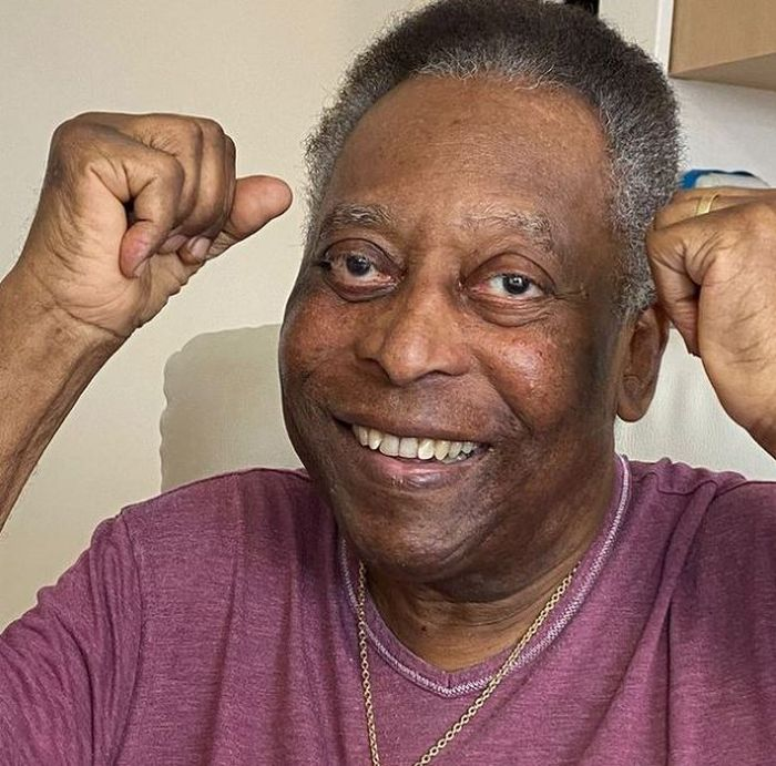 HE IS BACK!! Brazil Legend Pele Feels Ready For 90 Minutes Plus Extra Time After Leaving Hospital