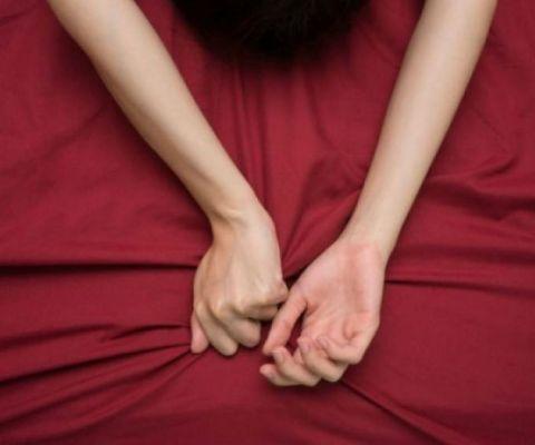 ζεστό ντους σεξ ώριμες μαμάδες που έχουν σεξ