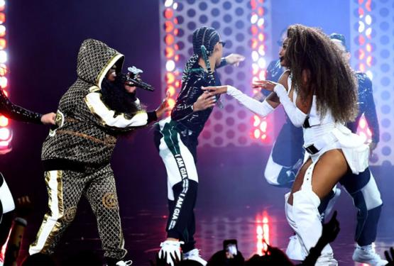 Ciara And Missy Elliott Perform Level Up At AMAs