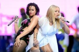 Demi Lovato Unfollows Selena Gomez & Iggy Azalea