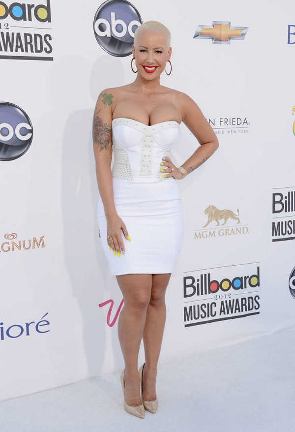 Amber Rose Goes Fully Nude On Instagram