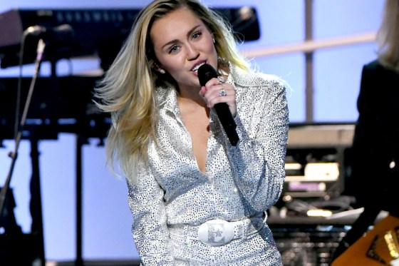 Miley Cyrus Apologizes for Comments About Hip Hop: 'I F***ed Up'