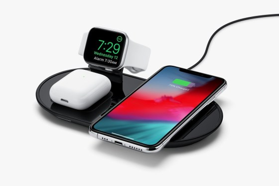 Apple Selling Mophie 3-in-1 Charger Pad for iPhone, AirPods, Apple Watch