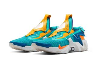 Nike Adapt Huarache Powers up in 'Hyper Jade/Total Orange'