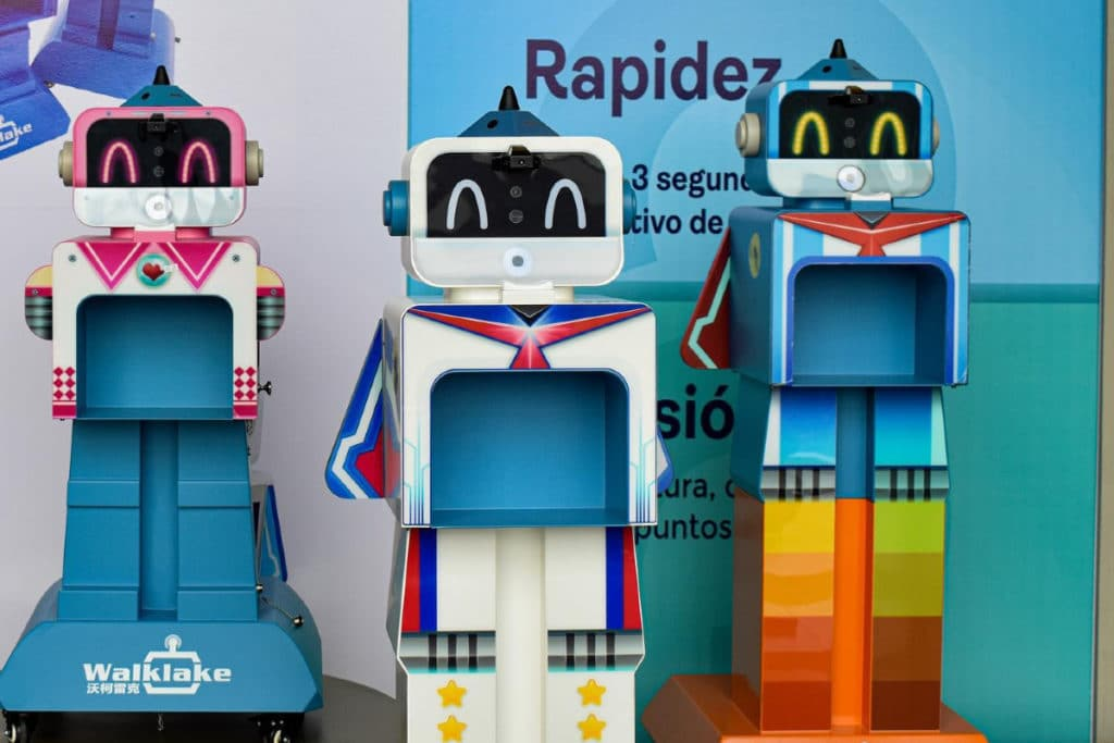 Emplearán robots para detectar Covid-19 en clásico América contra Chivas -  24 Horas Puebla