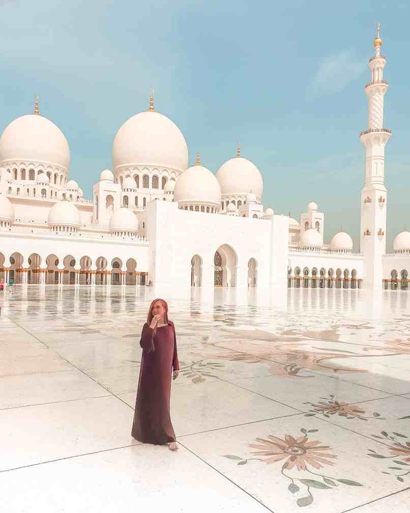 we are travel girls sheikh zayed grand mosque