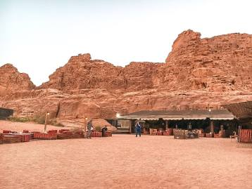 wadi rum sun city desert camp bubble tents