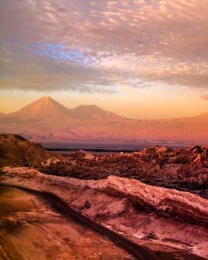 valle de la luna atacama desert sunset