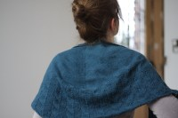 24 HOURS OF SUNSHINE: Traveling woman shawl