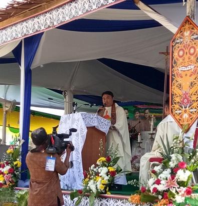 P. Hermanus Mayong OFMCap (Provinsial Kapusin) memberikan sambutan